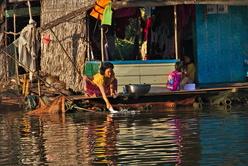 La lessive au village flottant